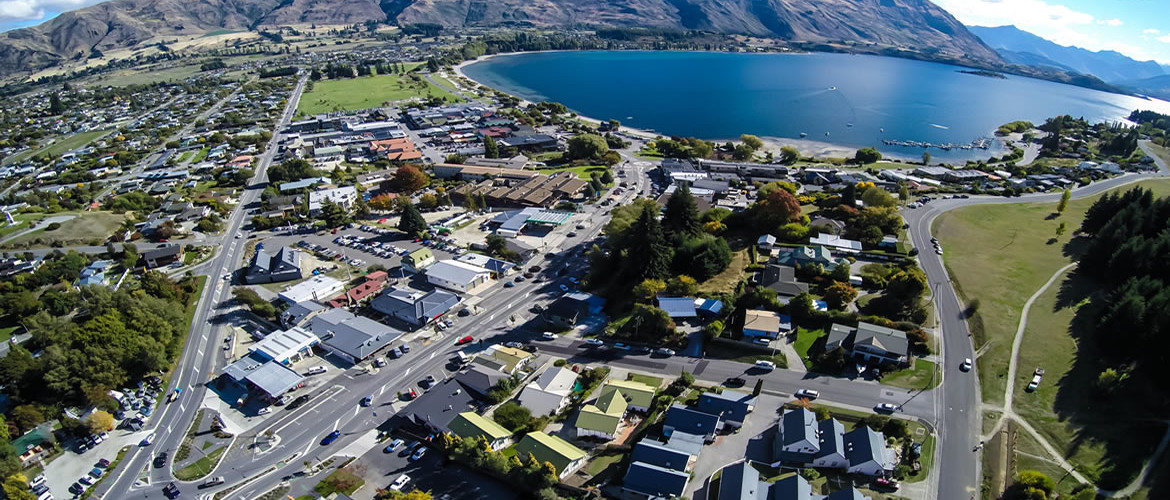 Wanaka holiday accommodation drone header